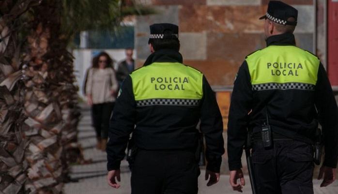 La Policía comienza a distribuir los chalecos antibalas entre sus agentes
