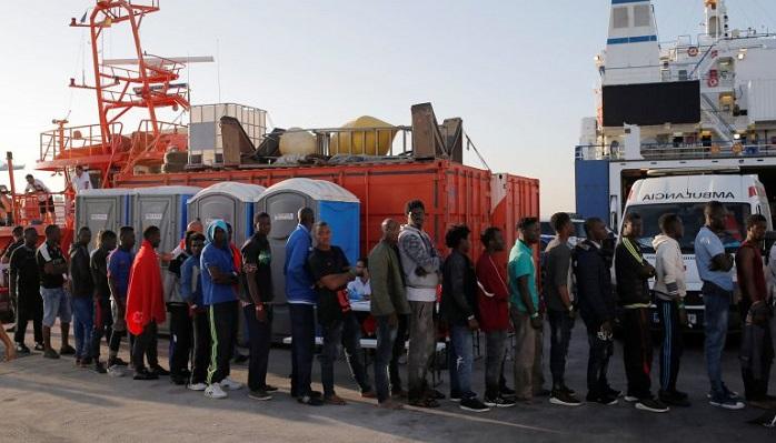 Detienen a tres inmigrantes escondidos en motores de un barco destino Algeciras