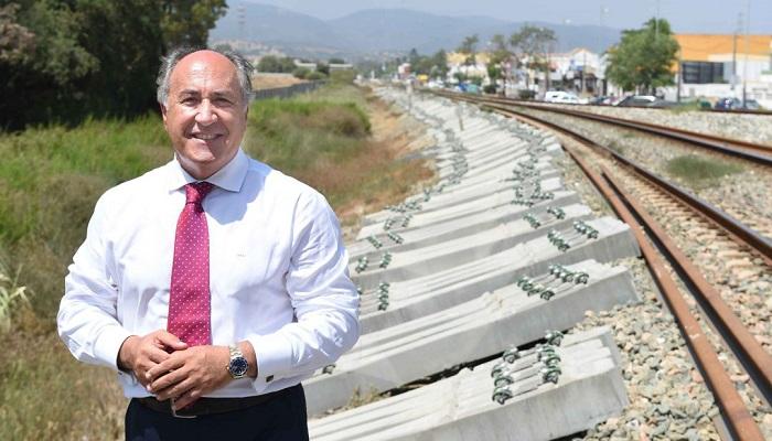 Landaluce lamenta los retrasos en el tren Algeciras-Madrid por una mala planificación