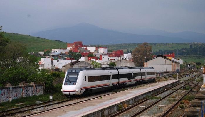 Cuarta avería en cinco días del tren que une Algeciras con Madrid
