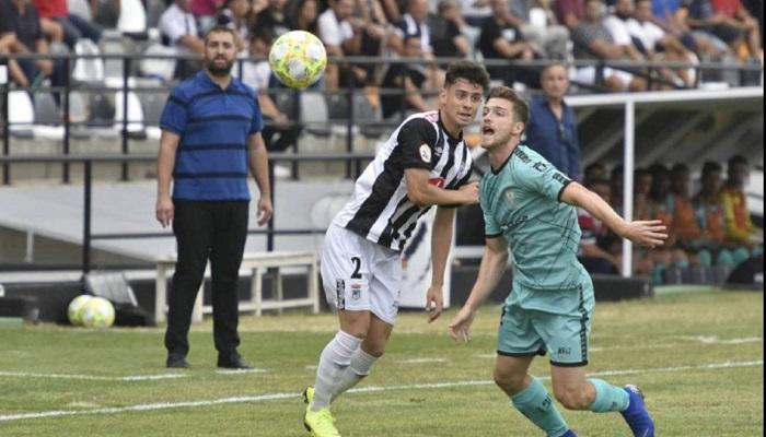 Gonzalo Almenara, cuarta renovación en el Algeciras CF