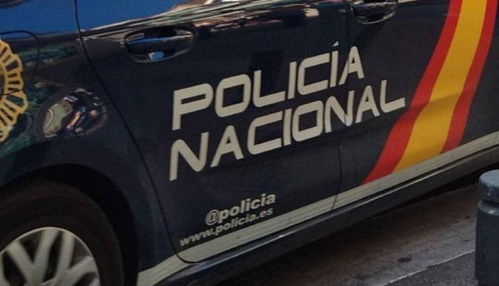 La Policía Nacional auxilia en Algeciras a un bebé que sufría asfixia