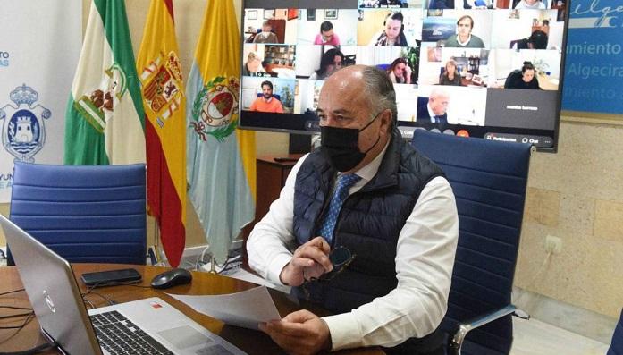 Landaluce anuncia medidas económicas en Algeciras por 300.000 euros