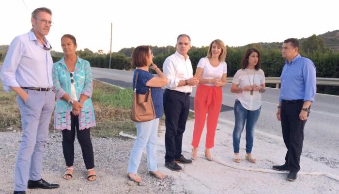 Antonio Sanz visitó la zona acompañado de otros miembros del PP