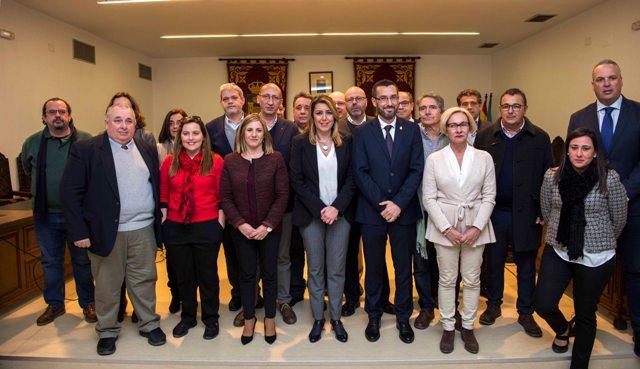 Díaz y Franco con representantes de los trabajadores y otros políticos