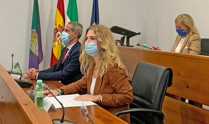 Ana Mestre, esta mañana junto al subdelegado del Gobierno en Cádiz