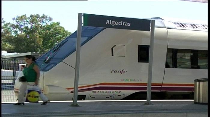El tren que une Madrid con Algeciras sufre una nueva avería