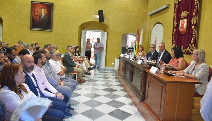 Almudena Grande pronunció la conferencia inaugural de los Cursos de Verano en San Roque