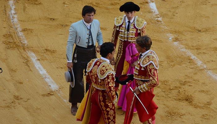 Juan del Moral tomó la alternativa en la plaza de toros de San Roque