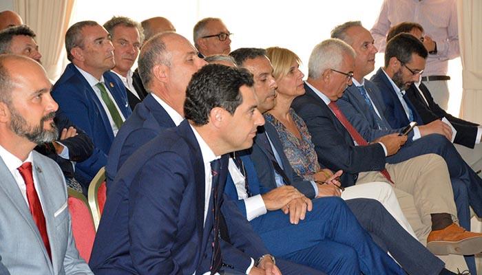 Juan Manuel Moreno Bonilla, en su visita a Algeciras.