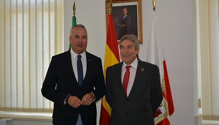 El alcalde de San Roque y el delegado del Gobierno en Andalucia