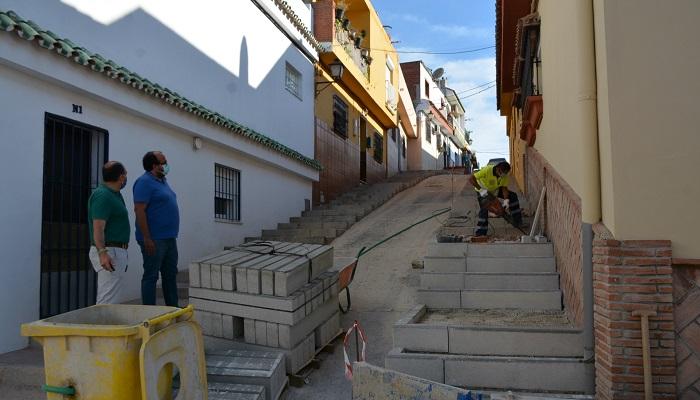 Emadesa realiza trabajos de mejora en el recinto ferial de Taraguilla