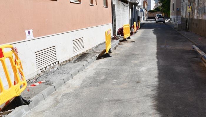 Una de las calles en las que se actúa dentro del plan de acerado