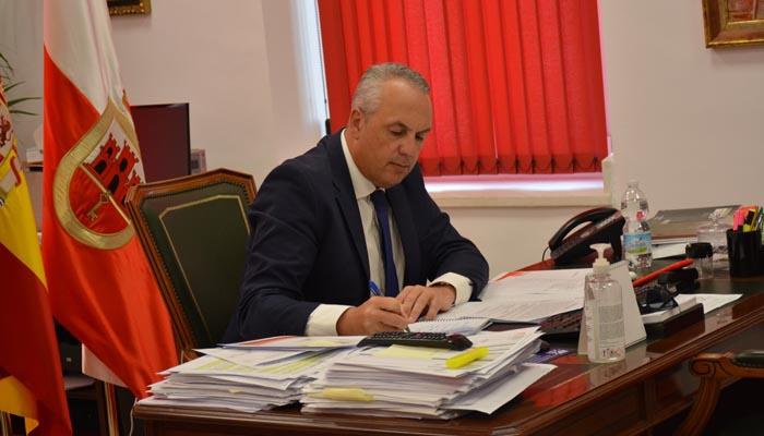 Juan Carlos Ruiz Boix, en su despacho del Ayuntamiento