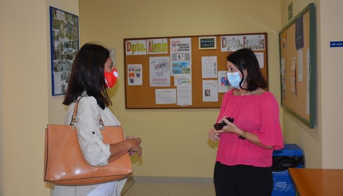 Belén Jiménez ha visitado las instalaciones de la Escuela Oficial de Idiomas