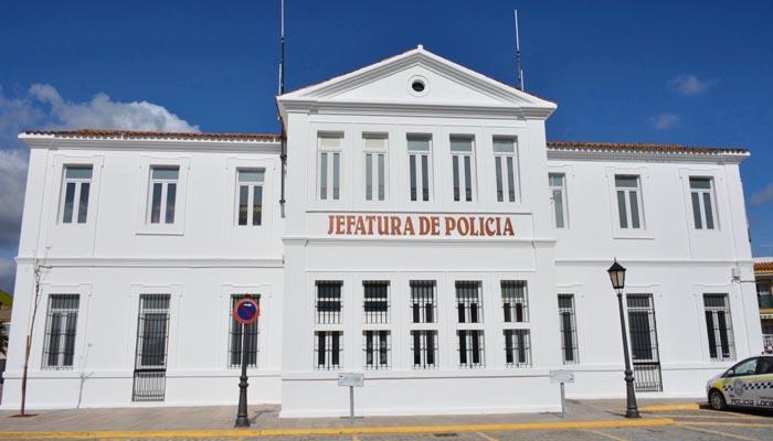 Fachada de la Jefatura de Policía Local de San Roque