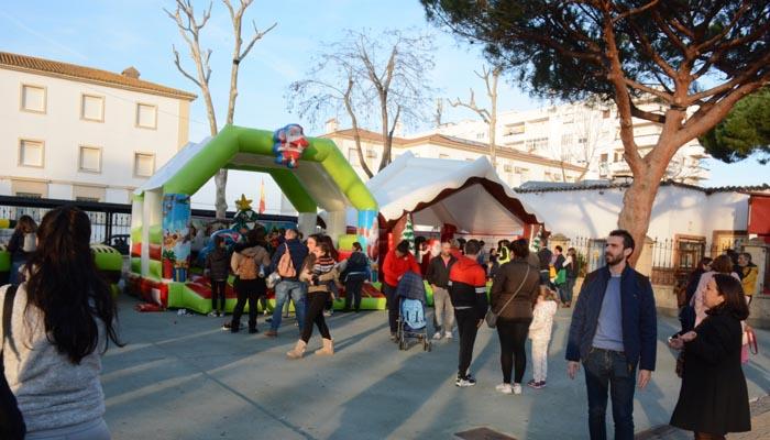 La Alameda Alfonso XI ya luce la fiesta de los Reyes Magos