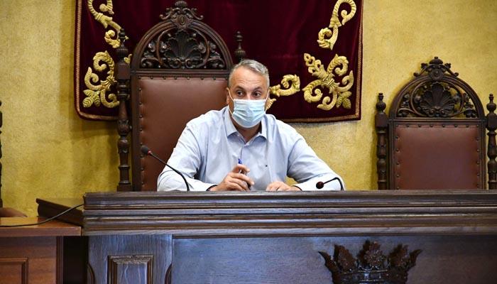 El alcalde de San Roque y vicepresidente de Diputación, Juan Carlos Ruiz Boix