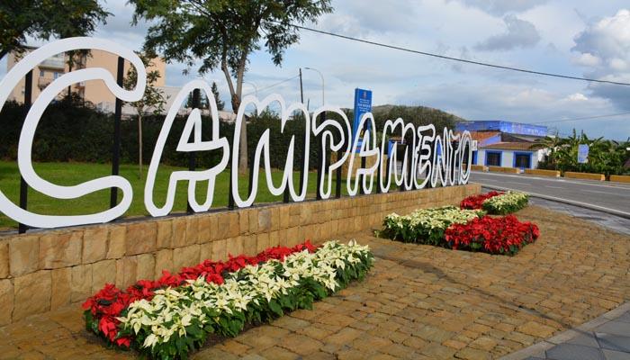 Bienvenida a la entrada de San Roque desde La Línea