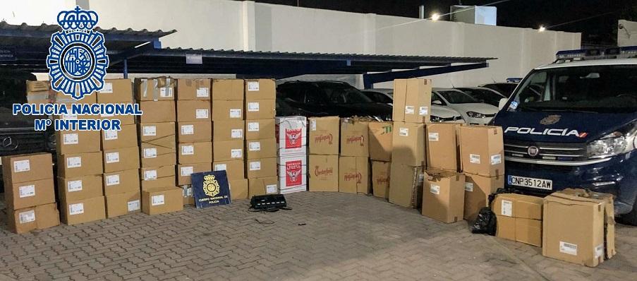 Parte del cargamento de hachís intervenido. Foto: Interior