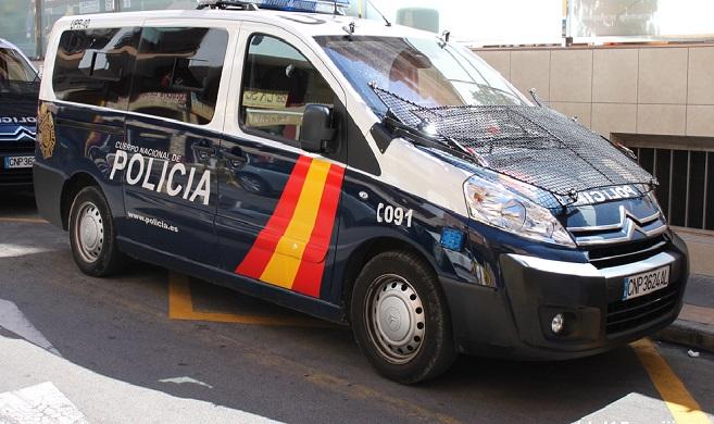 La Policía Nacional practicó las detenciones en el barrio de Las Palomeras