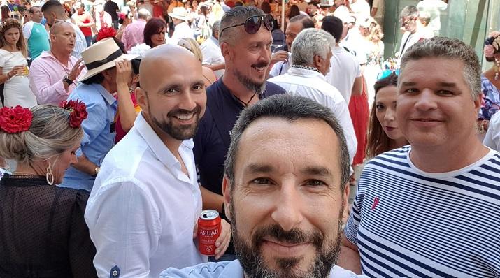 Juan Franco y amigos, durante el Domingo Rociero celebrado ayer