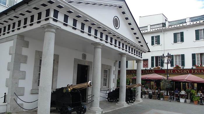 Sede del Gobierno de Gibraltar en Convent Place