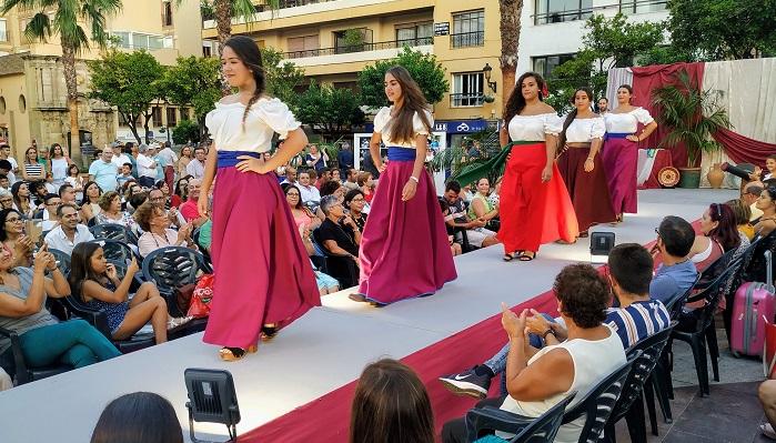 La pasarela del bolero inaugura Algeciras Entremares