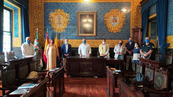 Ayuntamiento y centros escolares de Algeciras coordinan el inicio del curso
