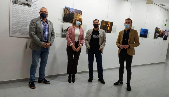 La sala Cajasur acoge la exposición 'En lo más ancho del Estrecho'