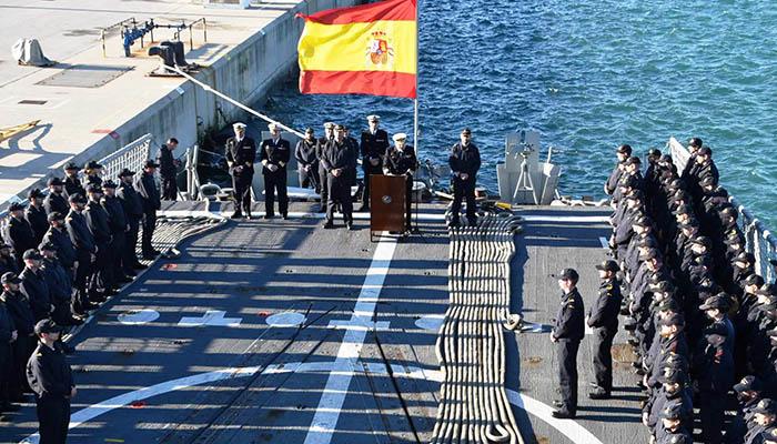 """Acto de despedida de la """"Santa María"""", en la base de Rota. Foto Cuartel General de la Flota"""