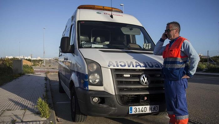 Fallece un hombre de 30 años tras colisionar con una farola en Algeciras
