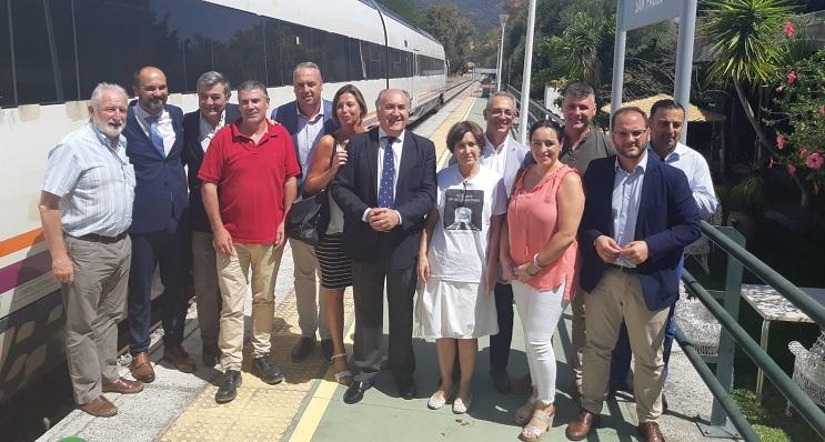 Politicos del Campo de Gibraltar viajaron a Ronda en el tren desde Algeciras