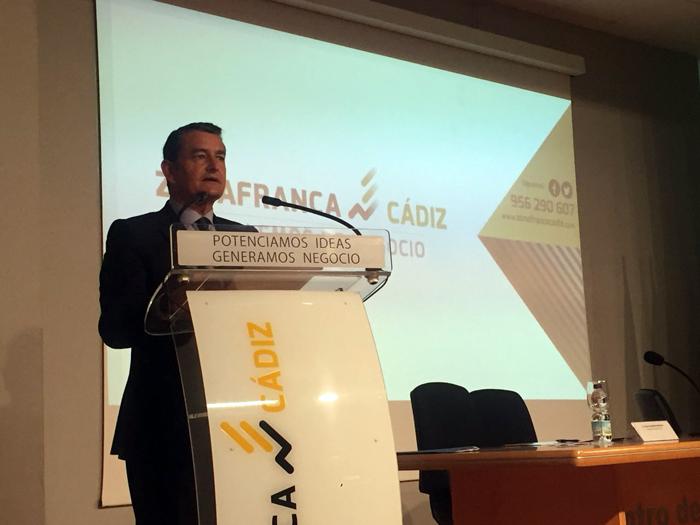 El delegado del Gobierno en Andalucía, Antonio Sanz, en un acto en Zona Franca