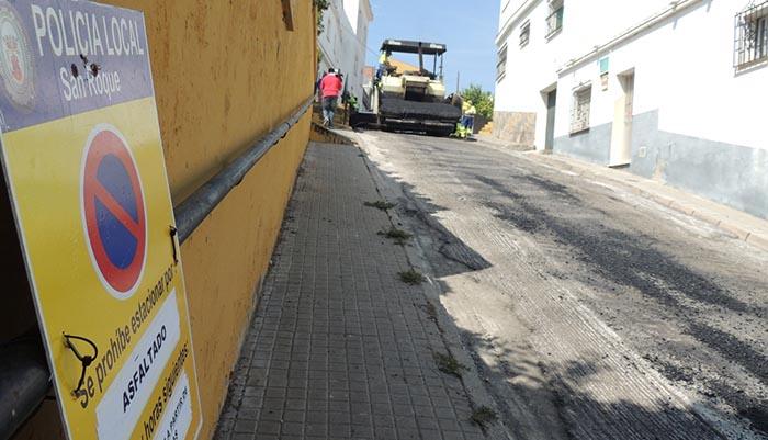 El Ayuntamiento de San Roque ha anunciado ya un séptimo plan de asfaltado