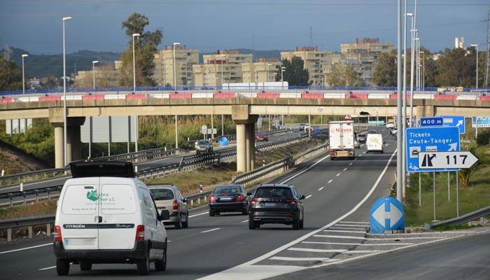 Imagen del paso elevado sobre la A7 que será reparado