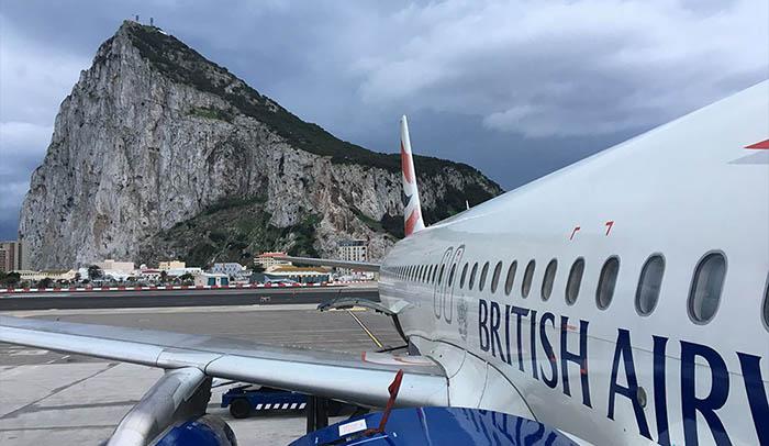 Avión de la British Airways, en el aeropuerto de Gibraltar