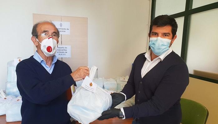 El Ayuntamiento sigue entregando mascarillas a los colectivos de Algeciras