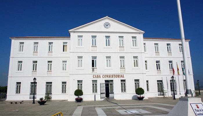Fachada principal del Ayuntamiento de San Roque