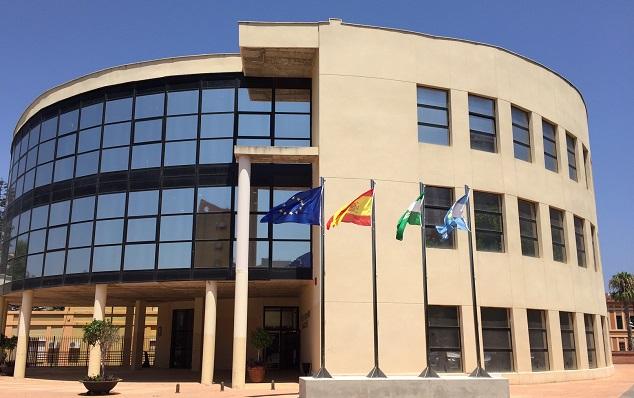 Imagen de la sede actual del Ayuntamiento de La Línea