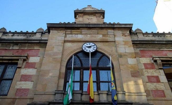 Fachada principal del Ayuntamiento de Algeciras