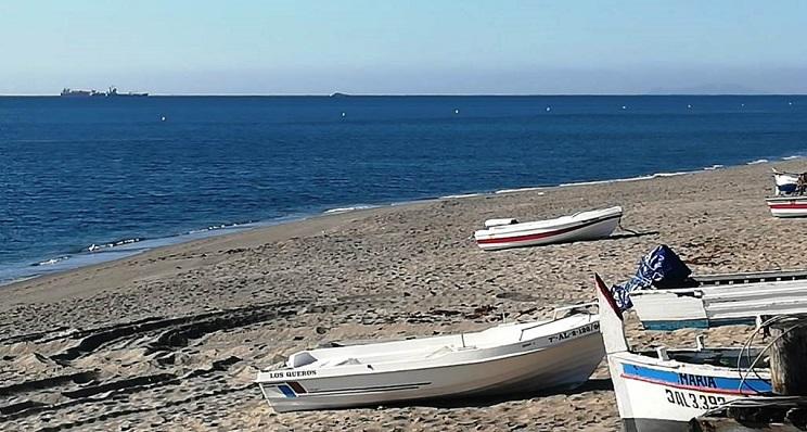 Una imagen de archivo de la playa de levante de La Línea