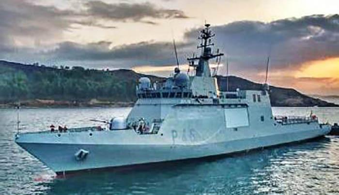El BAM 'Furor' realiza un crucero de resistencia. Foto Cuartel General de la Flota