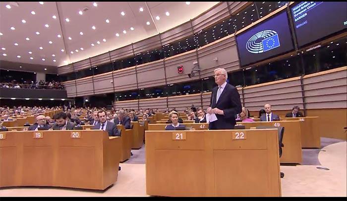 Barnier habla en el Parlamento Europeo