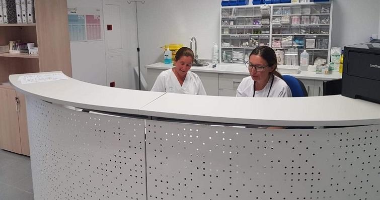 Personal del hospital de La Línea, en una imagen difundida por CCOO