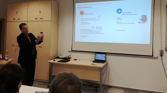 Un momento el seminario organizado por la APCG y Cepsa. Foto LR