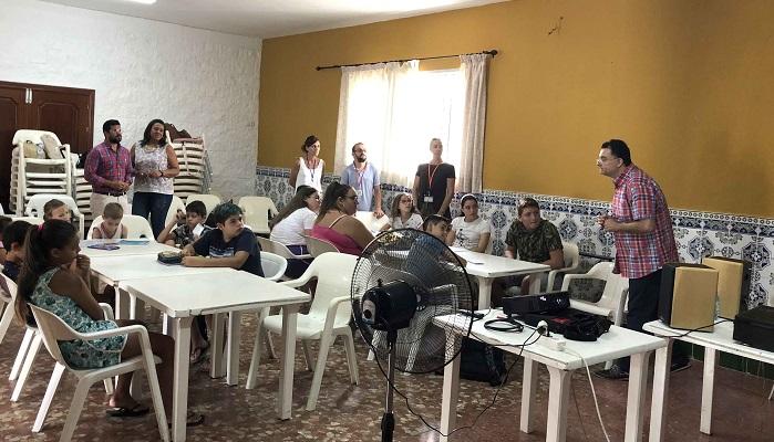 """""""Ciencia al Fresquito"""" llega a las barriadas algecireñas"""