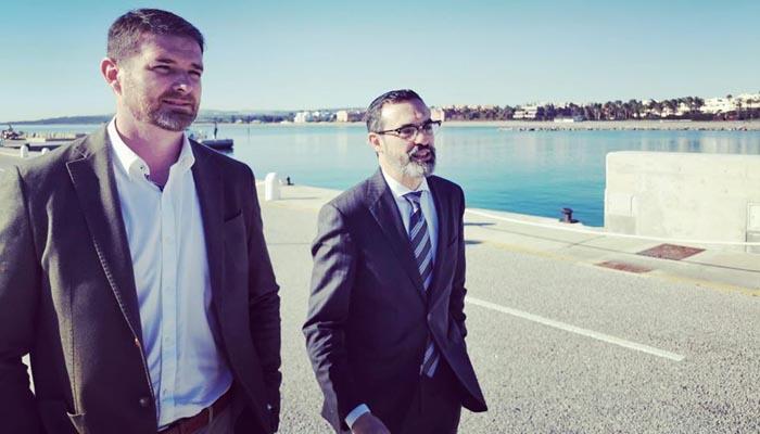 Pedro Miguel Mancha, a la derecha, junto al diputado andaluz Sánchez López