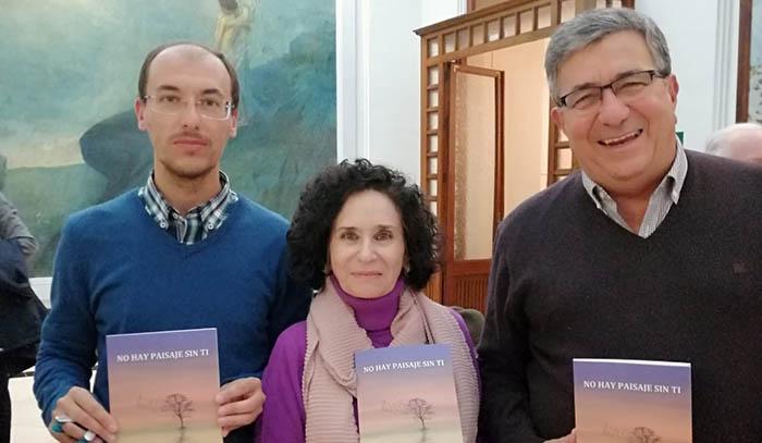 Fernández Piña, Fernández Gomá y Juan Antonio Palacios, en el encuentro de escritores