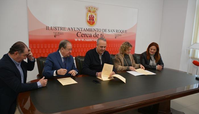 Firma del convenio en el Ayuntamiento de San Roque